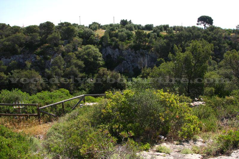 GRAVINE IN PUGLIA: VISITA ALLA GRAVINA DI PETRUSCIO