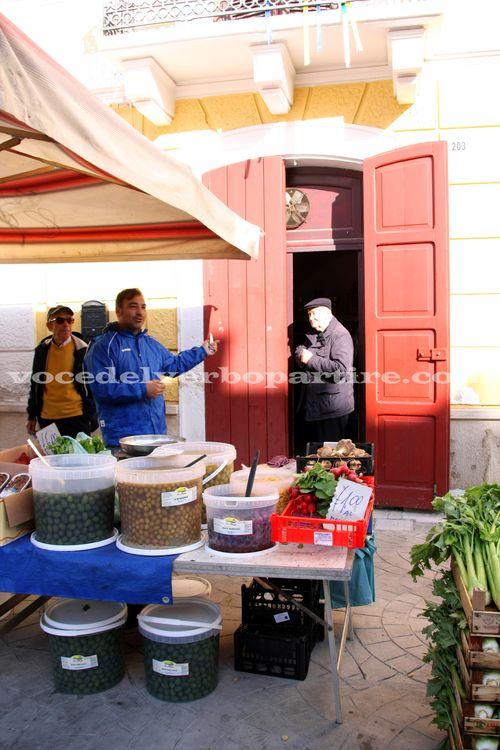 FESTE PATRONALI IN PUGLIA: MERCATO AD ADELFIA