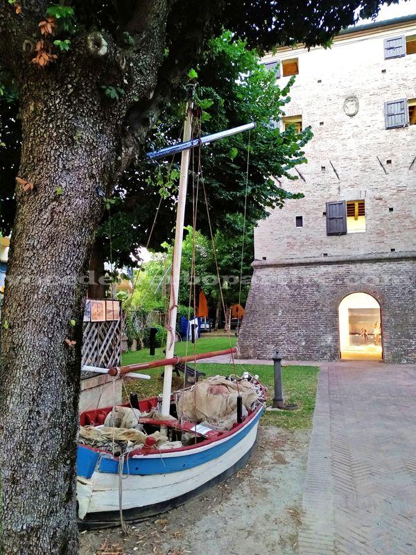 VACANZE A BELLARIA VISITARE LA TORRE SARACENA
