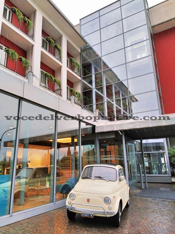 HOTEL A RIVA DEL GARDA VICINO AL CENTRO