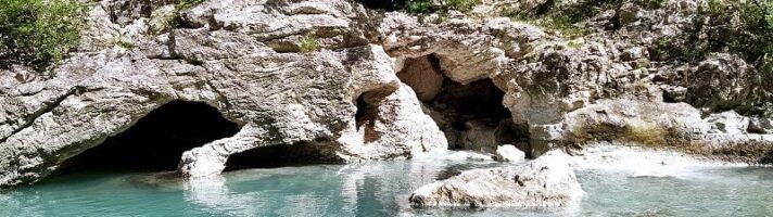 Cascate e piscine naturali dove fare il bagno nelle Marche
